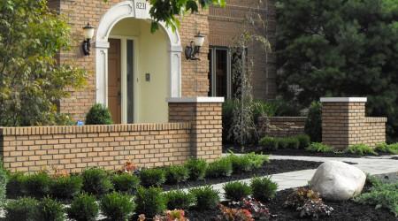 Brick Masonry Walls with Precast Concrete Cap