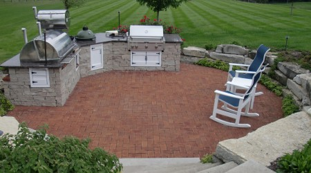 Outdoor Kitchen Space