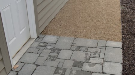 Gravel Walkway with Aluminum Edging