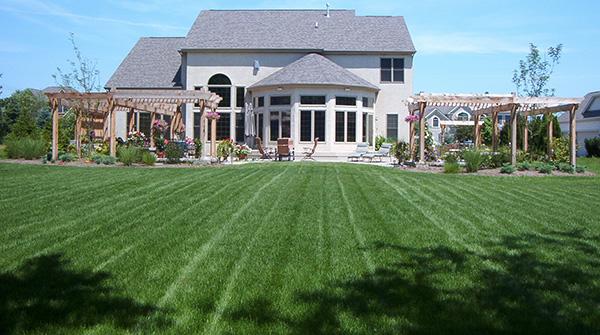 STL_maintenance-lawn